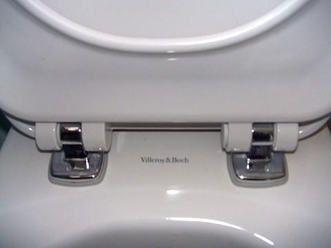 knallt im wc